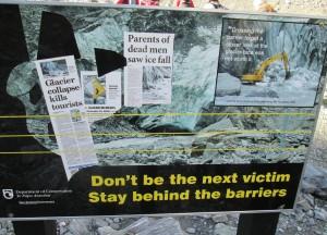 Gletsjerwandelen doe je best onder professionele begeleiding!